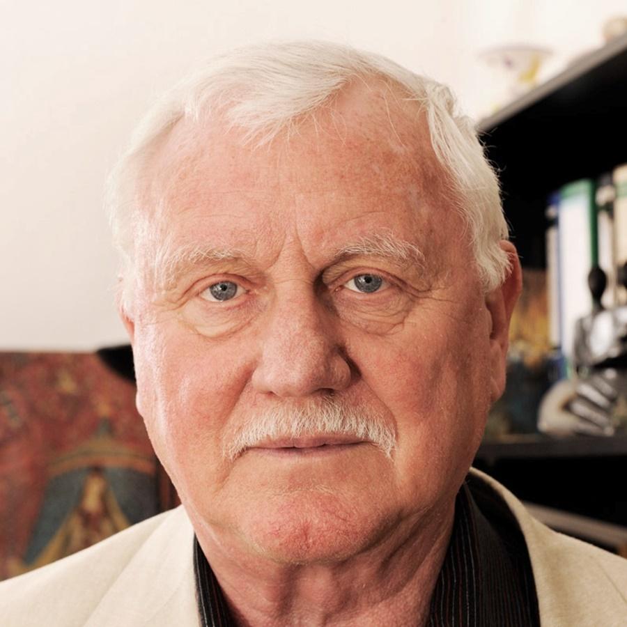 Wir Gratulieren Dr. Paul Franke, Dem Ehrenpräsident Der DGPFG, Zu Seinem 80.Geburtstag!!